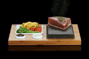Le Steak SteakStones, côtés & Sauces ensemble. Les meilleurs produits de pierre chaude vous pouvez trouver, garanti à vie.